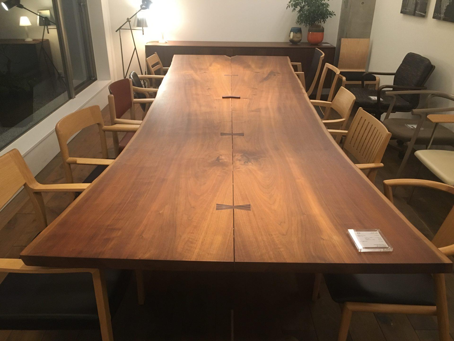 CANDE HOUSEのロングテーブル